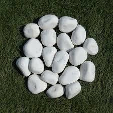 O objeto que confere conforto, design e muitos banhos de sol. Pedra Seixo Blanco N 6 Pedras Naturais Do Brasil