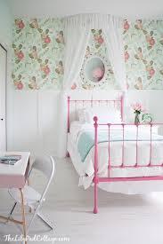 Wonderful Big Girl Bedroom   Anthropologie Wallpaper