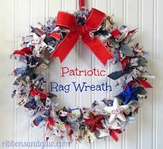 patriotic wreaths for front doorDIY Patriotic Door Wreaths