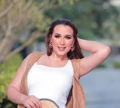 صور: أسما شريف منير تحسم الشائعات .. أنا مش حامل