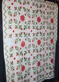 Under Quilted Covers: Red and Green Applique & I came across another antique red and green applique quilt at a recent quilt  show. I just can not get enough of them. This one was dated between 1850 and  ... Adamdwight.com