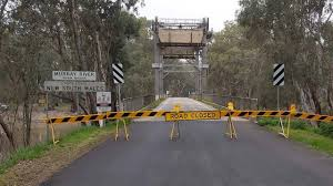 From 5 february, rules apply to people who are entering nsw from states with affected areas and areas of. Victoria Nsw Border Murray River Communities Forced To Detour 100km