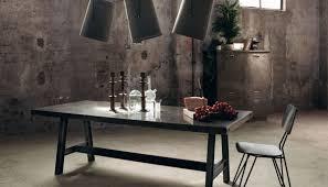 I tavoli e le sedie conte arredamenti