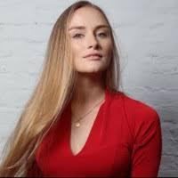 Sophia Noel - Product Manager - L'Oréal | LinkedIn