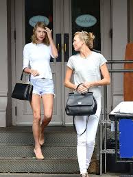 Karlie Kloss Says She and Taylor Swift ...
