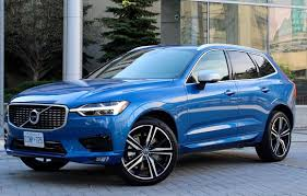 SUV Review: 2018 Volvo XC60 R-Design | Driving