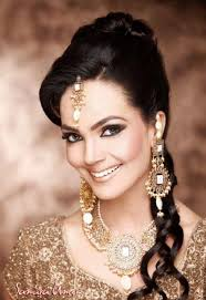 aamina sheikh model makeup photoshoot