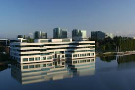 apple has agreed a deal in cupertino to lease a new office building for its staff apple cupertino office