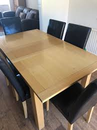 Oak Effect Dining Table With 6 Chairs In Ng5 Nottingham For 12000