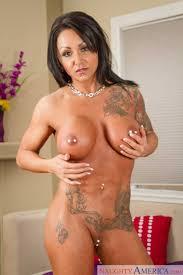 Busty Woman Got Naked In Her Home photos Ashton Blake Chad White.