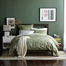 painting bedroom 1000 ideas about painting bedroom walls on pinterest glass rack