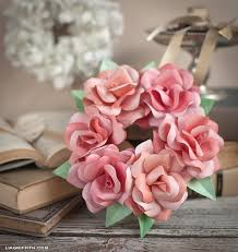 How To Make A Simple Paper Flower Bouquet Simple Mini Paper Rose Wreath Lia Griffith