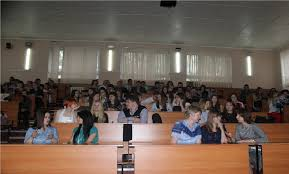 На ФМФИ состоялось вручение дипломов выпускникам года