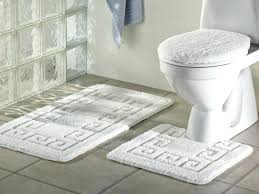 mohawk ultra plush bath rug bathroom oval rugats cream colored area inexpensive ultra plush bath rug