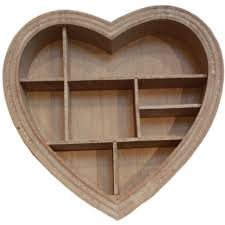 bxuak pic of large wooden heart wall decoration