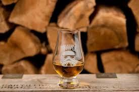 glencairn whiskey glasses and rocks
