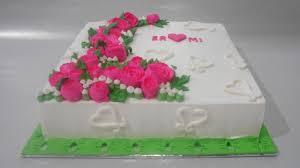 Flowers Cake Square Buttercream Decorating Youtube