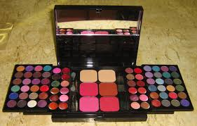 cameleon makeup kit 396 high quality well coordinated trendy color