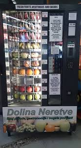 Fruit Vending Machines Classy PHOTO] Zagreb's Central Bus Station Gets First Fresh Fruit Vending