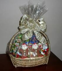 10 DIY Christmas Gift Basket Ideas  How To Make Your Own Holiday How To Make Hampers For Christmas Gifts