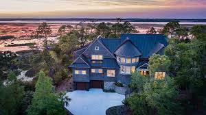 5 Bed 4 Full 2 Partial Baths Home In Kiawah Island For 2 795 000