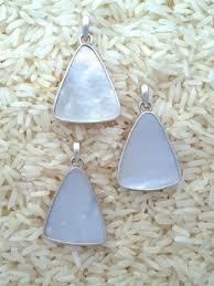 mother of pearl pendant teardrop medium