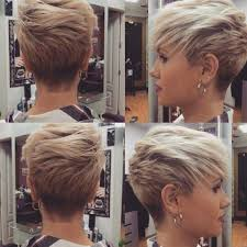 10 Short Haircuts For Fine Hair 2019 Great Looks From Office To Beach