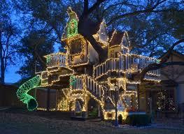 cool kid tree houses. Exellent Tree Kids Tree House With Christmas Lights To Cool Kid Tree Houses