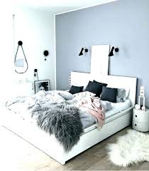 grey and white bed – eaglerockschool.info