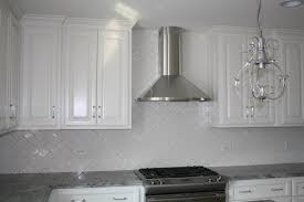 Modern Kitchen Backsplash Tile Modern Kitchen Backsplash Glass Tile White Cabinets Modern Brown
