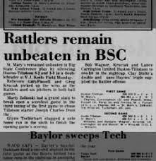 San Antonio Express from San Antonio, Texas on April 19, 1977 · Page 32