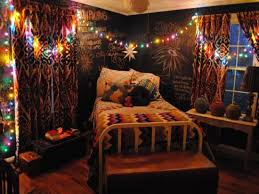 Cute Teen Bedroom Decor With Fairy Lights