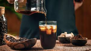 Even how you store and brew the coffee can dramatically change how a particular roast will taste once it reaches your tongue. 7 Cool Facts About Cold Brew Coffee And Why You Should Drink It Liquidline