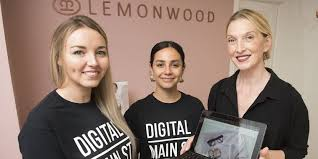Important challenges': How main street Oakville is embracing the digital  age | Toronto.com
