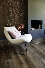 Lounge Stoel In Een Sober Interieur Laminaat Woonkamer Laminaat