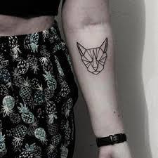 Geometricke Tetovani Kocka Black House Tattoo