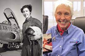 Jeff Bezos chose this female astronaut ...