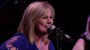 Jan Smith Live - I Can't Believe You Let Me Go - YouTube