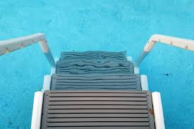 pool ladders and steps