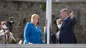 Erdogan empfängt Merkel: Freunde - mit tiefgreifenden Differenzen