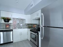 just listed 3bed 2 full bath luxury condo at 2westney rd north ajax ontario