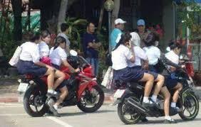 Hasil gambar untuk anak sekolah pergaulan bebas