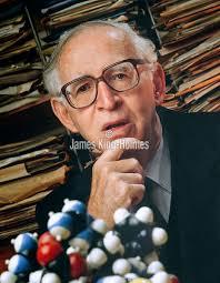 SciTech Image Library   Sir Aaron Klug, British biochemist