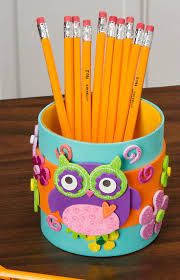 Love this DIY Back to School Pencil Cup Holder!