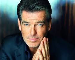 In one of the cars was Pierce Brosnan, reading the script and practicing the role. Pierce Brosnan, image credits: http://www.fanpop.com - Pierce-Brosnan