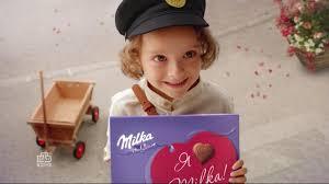 Реклама <b>конфеты Милка</b> с сообщениями - YouTube