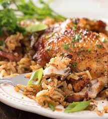 one pot en and dirty rice en thighs are cooked on top of a homemade dirty rice which makes for the most flavorful cajun inspired dish you ve