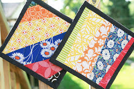 Scrapbuster ~ Potholder Tutorial ~ Fresh Lemons Modern Quilts & Potholders Adamdwight.com