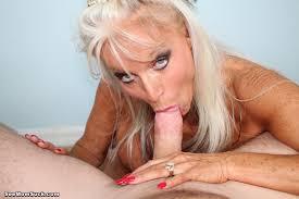 Blonde margo blowjob choke