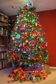 Christmas Tree Decorating Ideas Multi Colored Lights : Still fab and  traveling the christmas season a